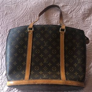 Louis Vuitton tote (it's real)